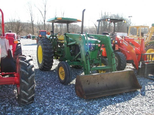 1143: John Deere 2355 Tractor with Loader, Canopy ROPS - 2