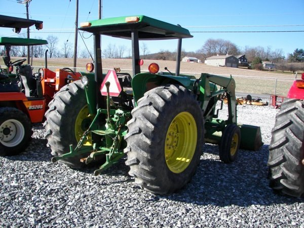 1143: John Deere 2355 Tractor with Loader, Canopy ROPS - 6