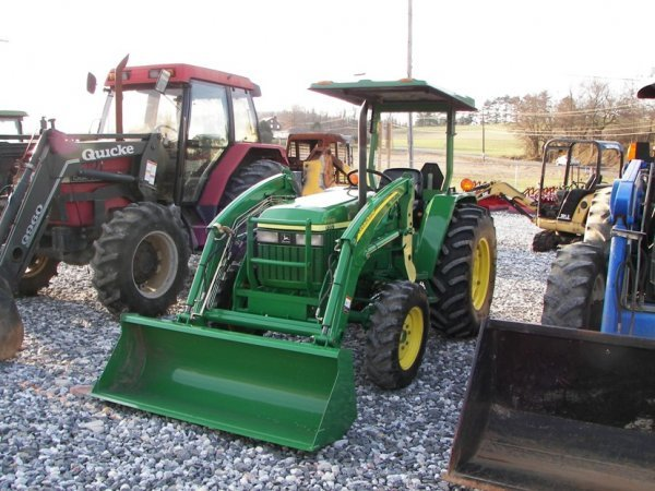 1216: John Deere 990 4x4 Compact Tractor with Loader - 3