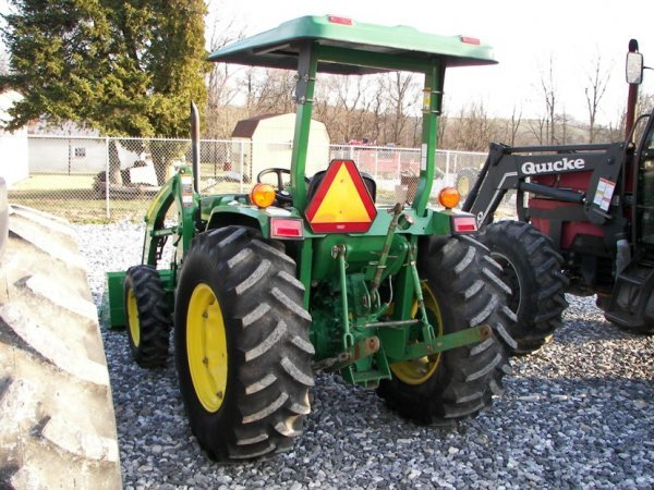 1216: John Deere 990 4x4 Compact Tractor with Loader - 7