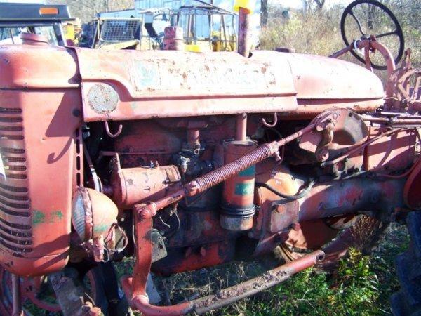 53: International Farmall Super AV Hi Crop Tractor - 10