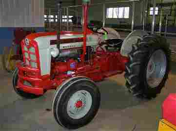 199: Ford 871 Diesel Antique Tractor Select O Speed