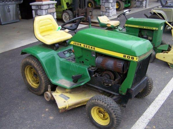 Antique John Deere Lawn Tractors : A john deere antique lawn and garden tractor