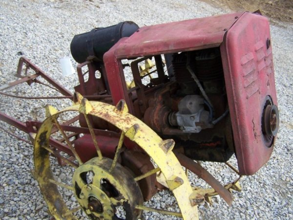 9: Viking Antique Lawn and Garden Tractor - 5