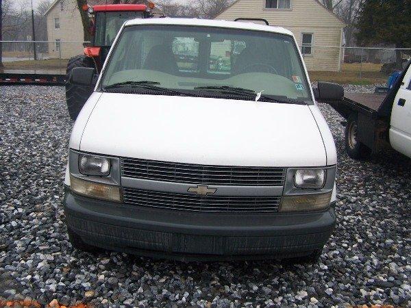 117: 1998 Chevy 4x4 Astro Van Automatic,  - 3