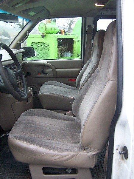 117: 1998 Chevy 4x4 Astro Van Automatic,  - 7
