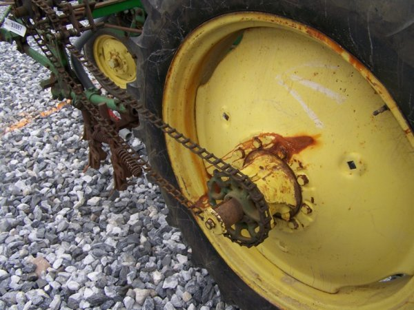 128: John Deere MT Antique Farm Tractor, Side Dresser - 10