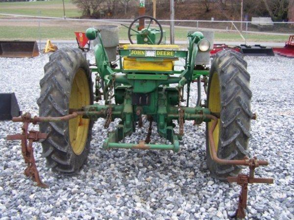 128: John Deere MT Antique Farm Tractor, Side Dresser - 4