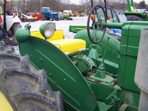 128: John Deere MT Antique Farm Tractor, Side Dresser - 9