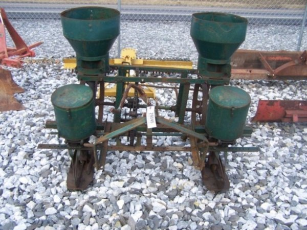 22: Oliver Two Row Corn Planter for Tractors 3PT