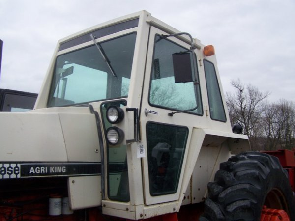 262: CASE 1270 Agri King Tractor with Cab, Power Shift - 5