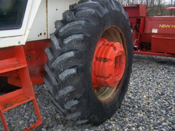 262: CASE 1270 Agri King Tractor with Cab, Power Shift - 6