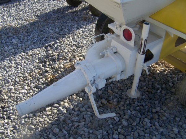 696: Mayco Tow Behind Concrete Pump with Gas Engine - 6