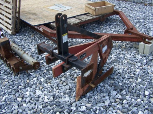 2: Howse 1x 3pt Plow for Tractors