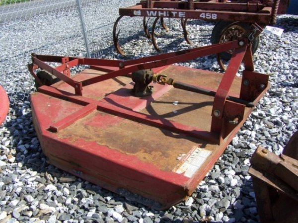 "35: International 72"" 3pt Rotary Mower for Tractors"