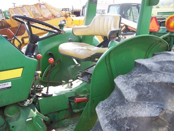 456: John Deere 2150 4x4 Tractor with Loader - 7