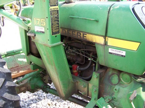456: John Deere 2150 4x4 Tractor with Loader - 8