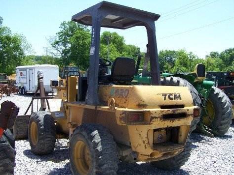 1216: TCM E820 Articulating Wheel Loader Tractor,