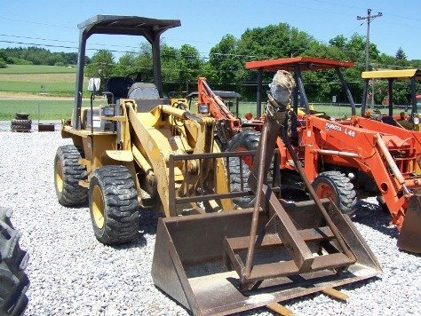 1216: TCM E820 Articulating Wheel Loader Tractor, - 2