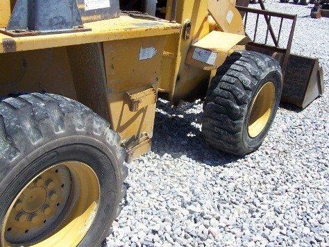 1216: TCM E820 Articulating Wheel Loader Tractor, - 6