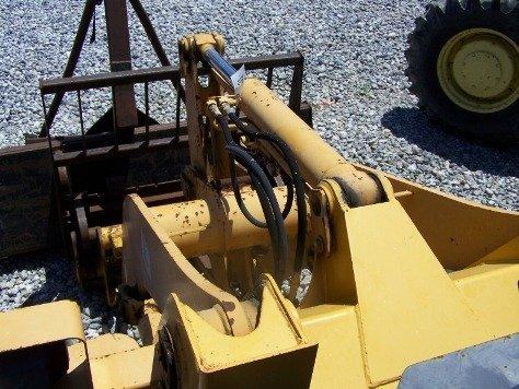 1216: TCM E820 Articulating Wheel Loader Tractor, - 8