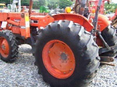 1319: Kubota M7030 4x4 Farm Tractor with Loader - 3