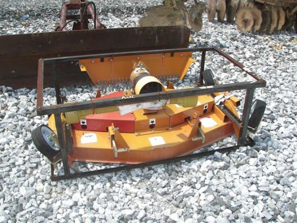 1027: Unused Chase 3pt 5' Finish Mower for Tractors