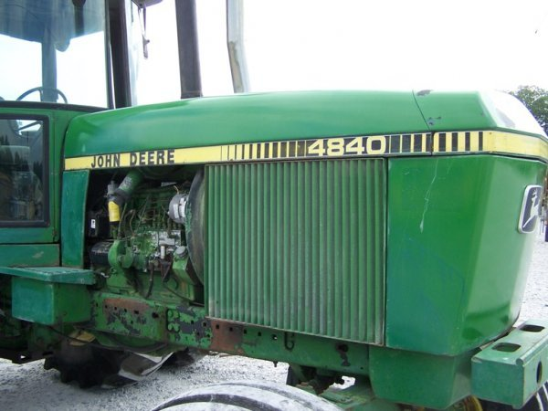 265: John Deere 4840 Farm Tractor with Cab and Duals - 8