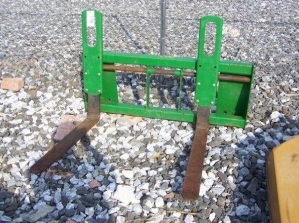 28: John Deere Quick Tatch Pallet Forks for Tractors