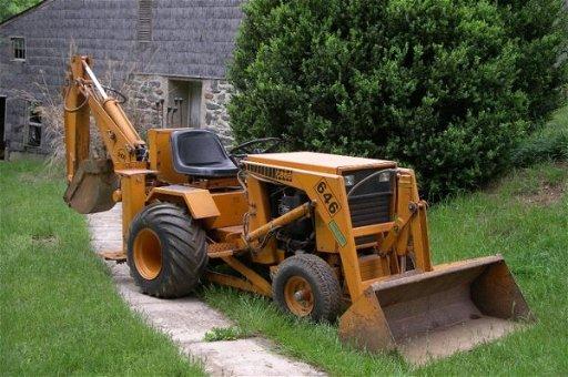 2698: 1975 Case 646 Tractor Loader Backhoe Very Nice