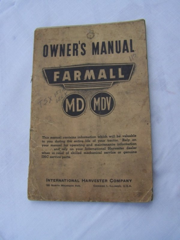3004: Farmall MD MDV Antique Tractor Owners Manual