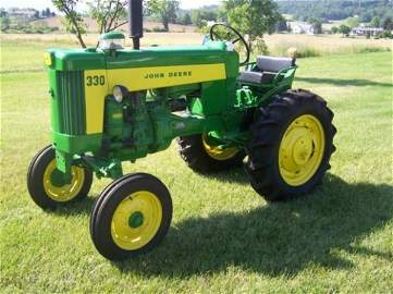3108: 1959 John Deere 330 Standard Antique Tractor Rare