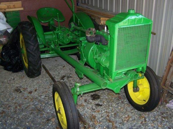 3109: John Deere L Antique Tractor Partially Restored