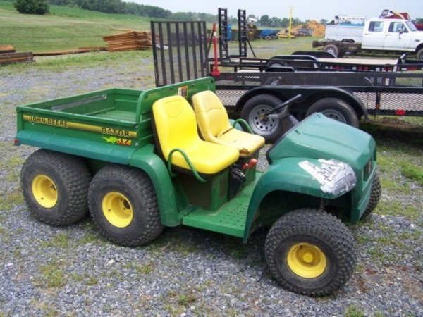 4: John Deere 6x4 Gator Utility Vehicle