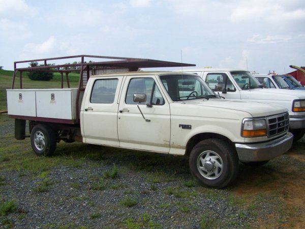 18: 1996 Ford F350 Crew Cab Pick Up Truck