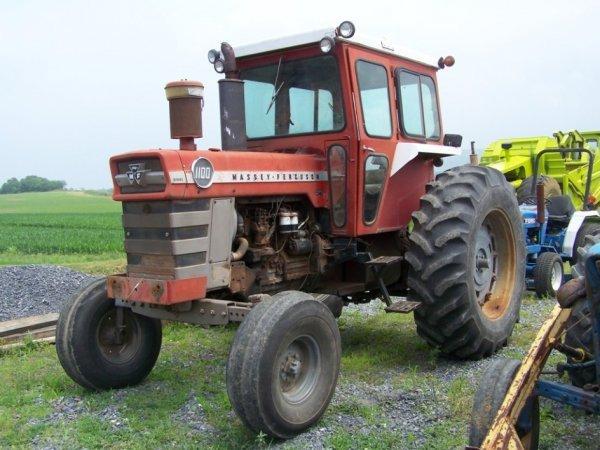 30: Massey Ferguson 1100 Farm Tractor with Cab