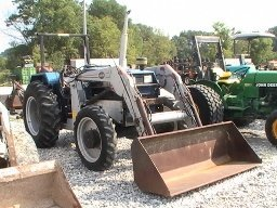 4327: Long 2360 4x4 Compact Tractor With Loader