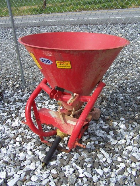 46: Sitrey 300 3pt Spin Spreader for Tractors