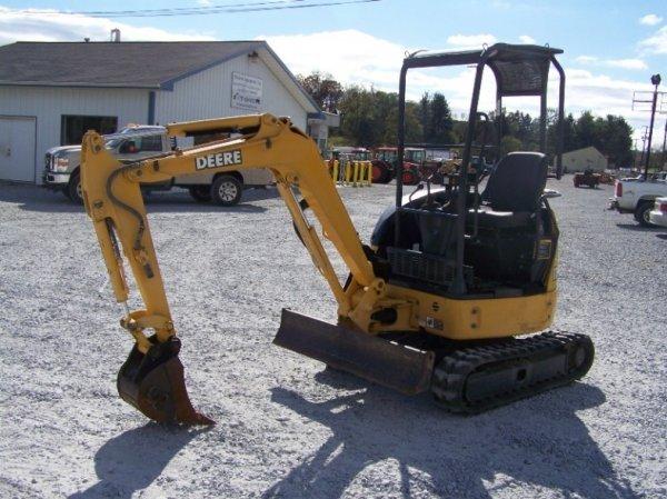 1296: John Deere 17 ZTS Mini Excavator with OROPS - 3