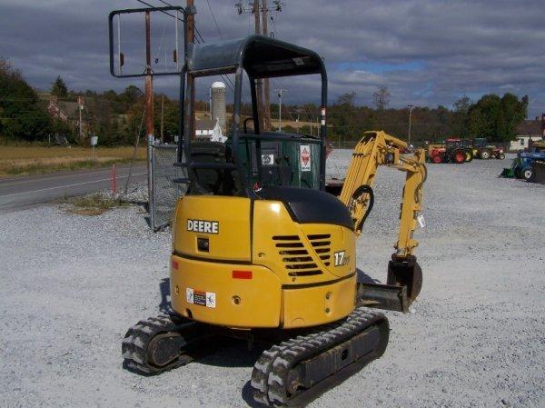 1296: John Deere 17 ZTS Mini Excavator with OROPS - 7