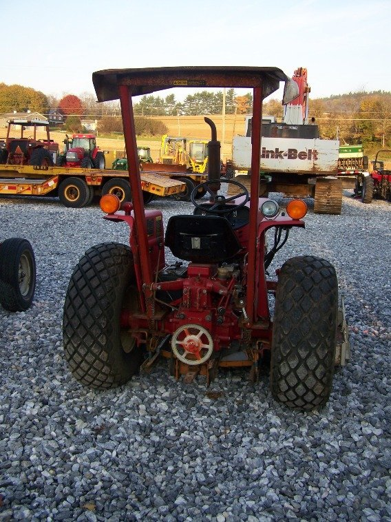 1485: International 284 Compact Tractor with Woods Bell - 4