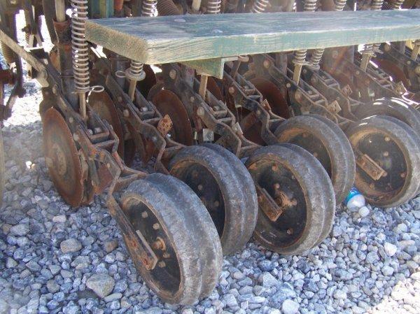 1487: Marliss 6' No Till Grain Drill for Tractors - 4