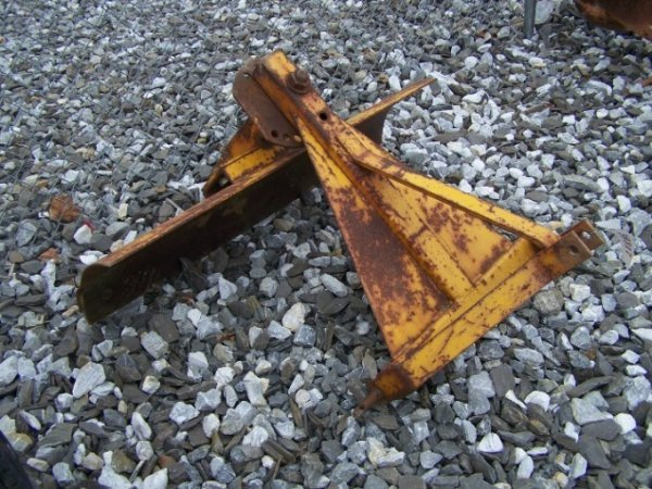 1026: 4' 3pt Blade for Tractors