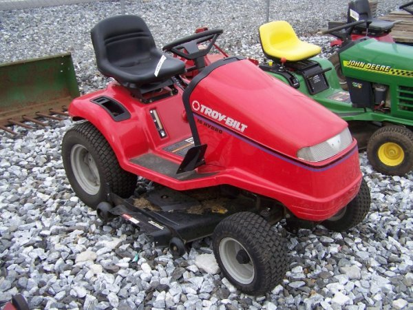 1058: Troy Bilt 16 HP Lawn and Garden Tractor