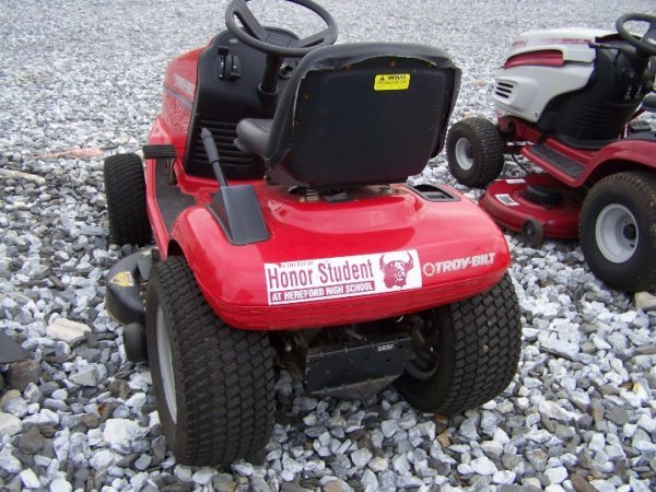 1058: Troy Bilt 16 HP Lawn and Garden Tractor - 3