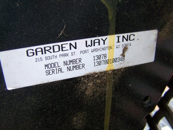 1058: Troy Bilt 16 HP Lawn and Garden Tractor - 7