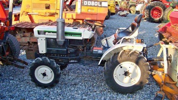1382A: Bolens 1704 Hydro Compact Tractor, Diesel - 2