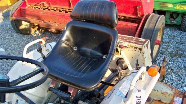 1382A: Bolens 1704 Hydro Compact Tractor, Diesel - 7
