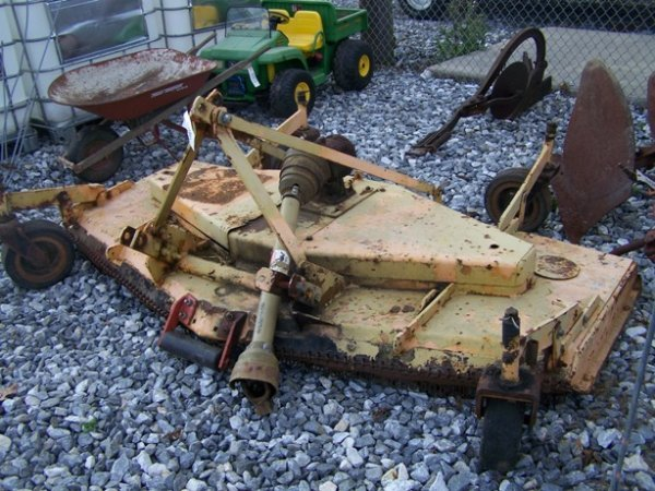 1004: 8' 3pt Finish Mower for Tractors