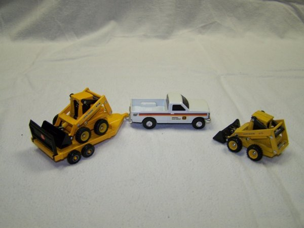 5: John Deere Mini Toy Truck Skid Steer & Skidder